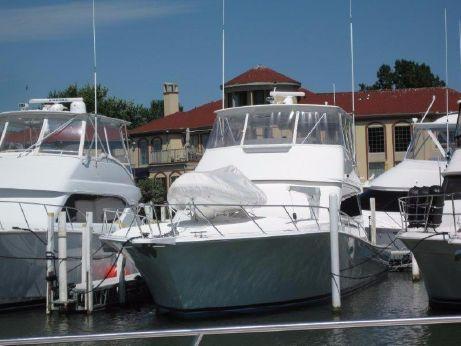 2001 Viking Yachts 55 Convertible