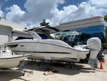 2019 Sea Ray SLX 350 Outboard
