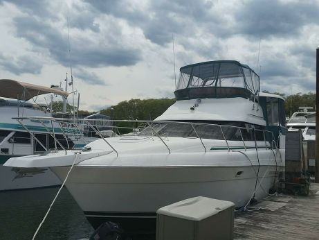 1995 Silverton 41 Aft Cabin ~ Low Hours