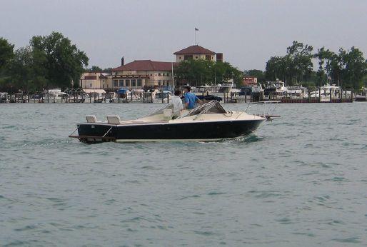 1985 Blackfin 25 Combi