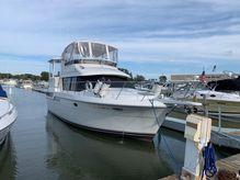 1993 Carver 390 Aft Cabin Motor Yacht