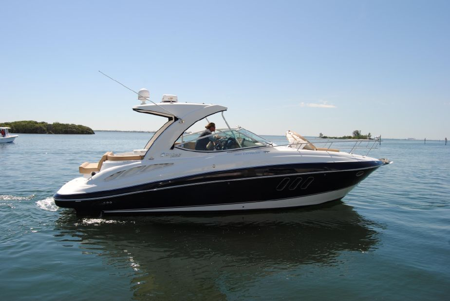 2014 Cruisers Yachts 350 Express Power Boat For Sale - www