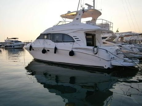 2001 Sea Ray 540 Cockpit Motor Yacht
