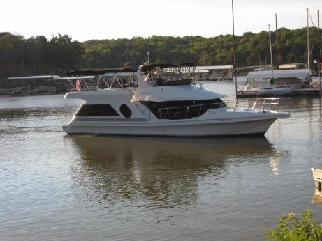 2003 Bluewater 5200