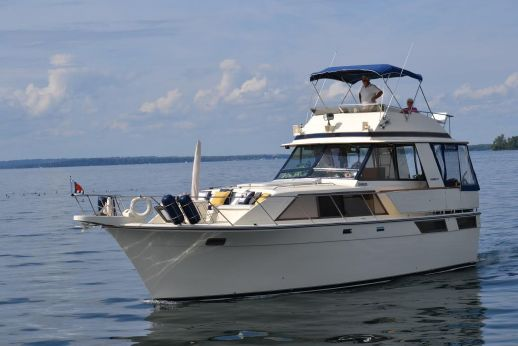 1979 Pacemaker 40 Motor Yacht