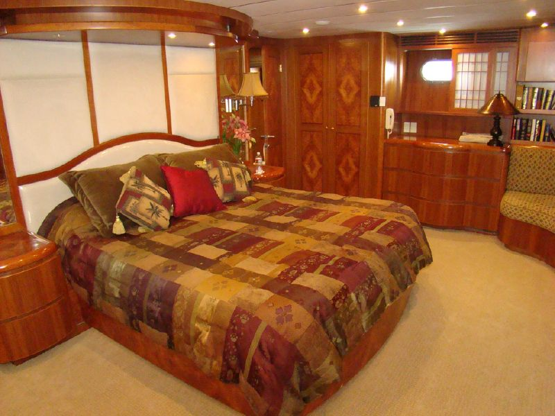 97 Transworld Motoryacht for sale