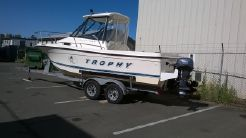 1998 Bayliner Trophy 2052
