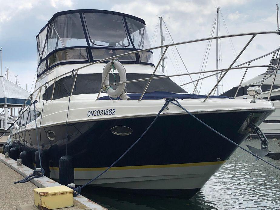 2011 regal 4080 sportyacht