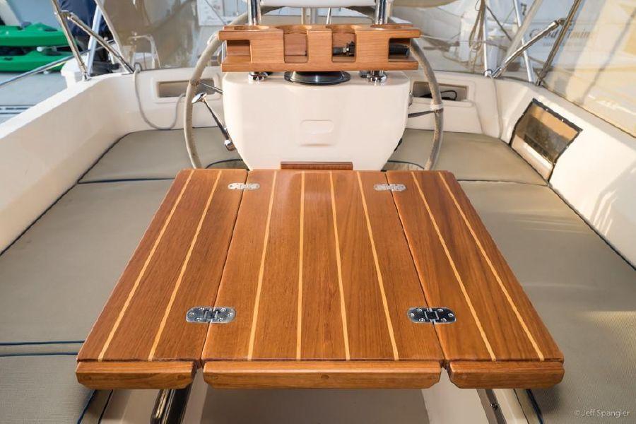 Island Packet 445 Sailboat Cockpit Table