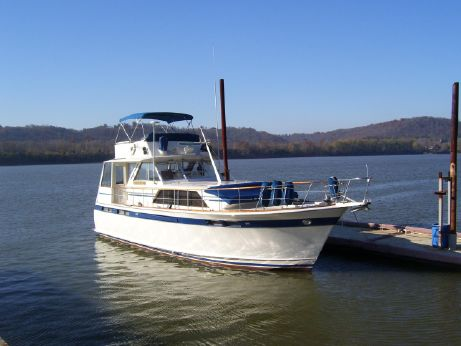 1974 Chris-Craft Commander