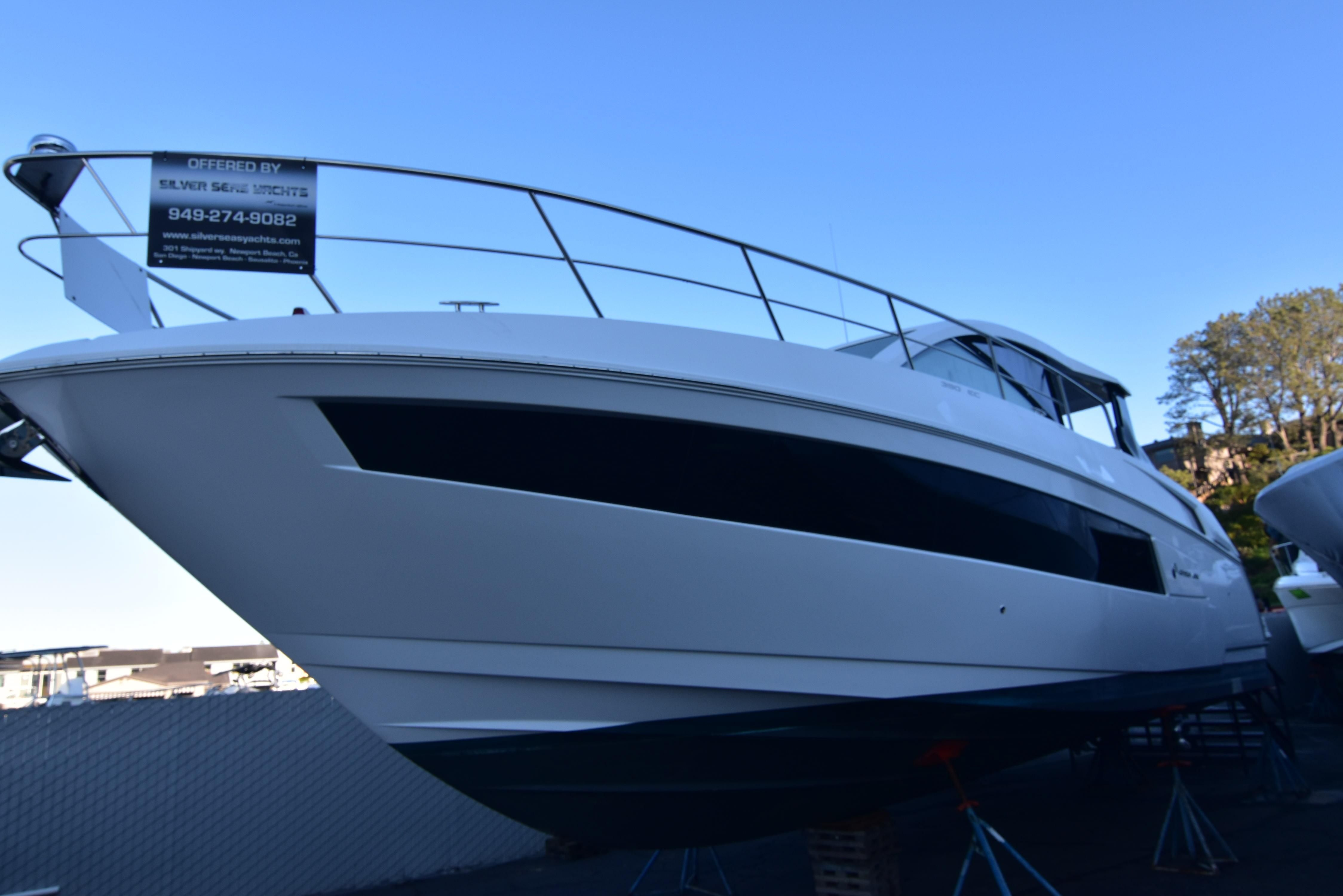Cruisers Yachts 39 Express Coupe Price  Cruisers Yachts 39