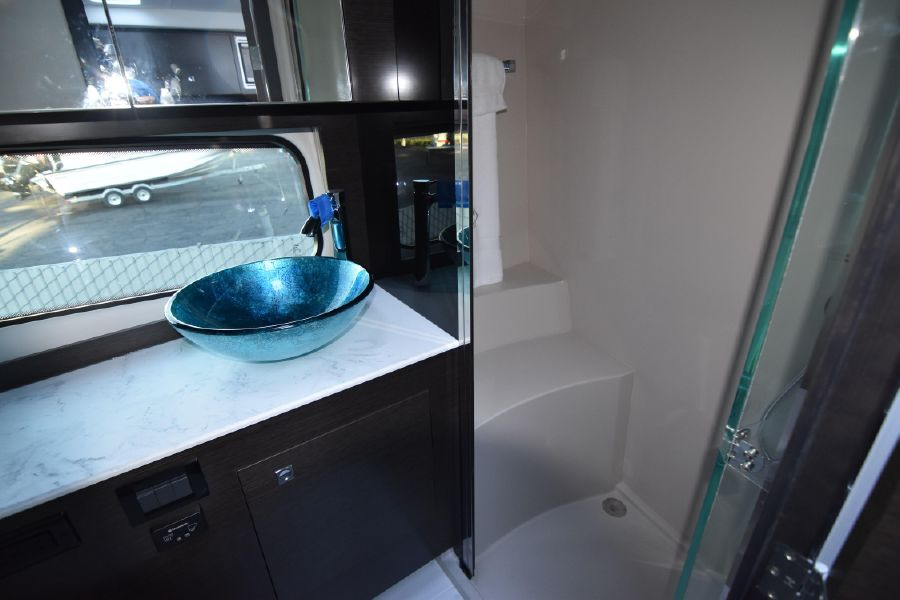 Cruisers Yachts 39 Express Coupe Master Head Bathroom