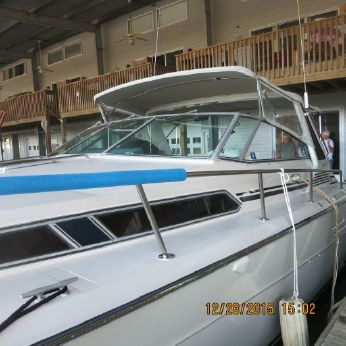 1985 Sea Ray Express Cruiser