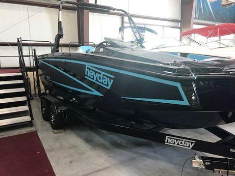 2017 Heyday Wake Boat WT-2