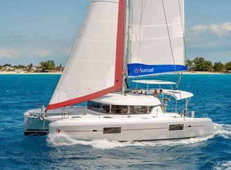 2020 Sunsail Lagoon 424