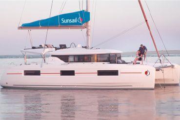2020 Sunsail Lagoon 464