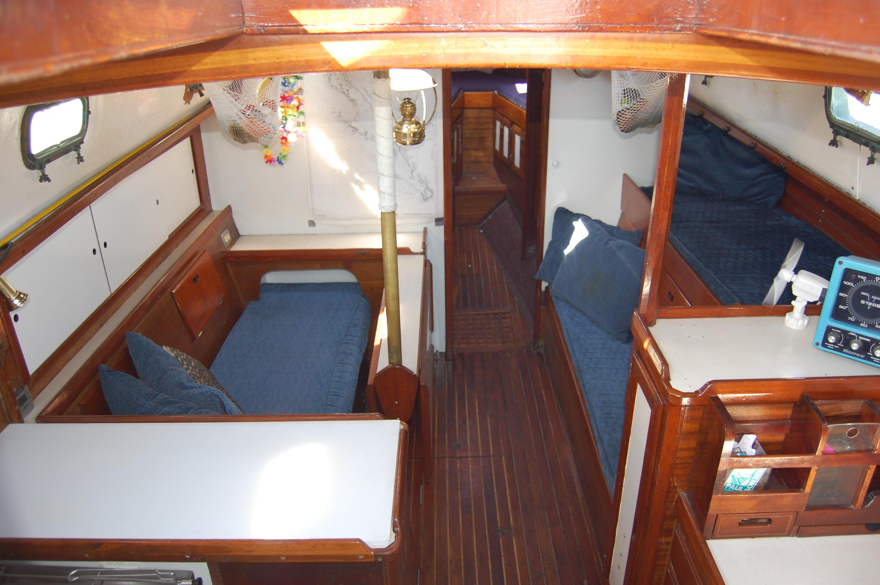32' Westsail Cutter+Photo 22