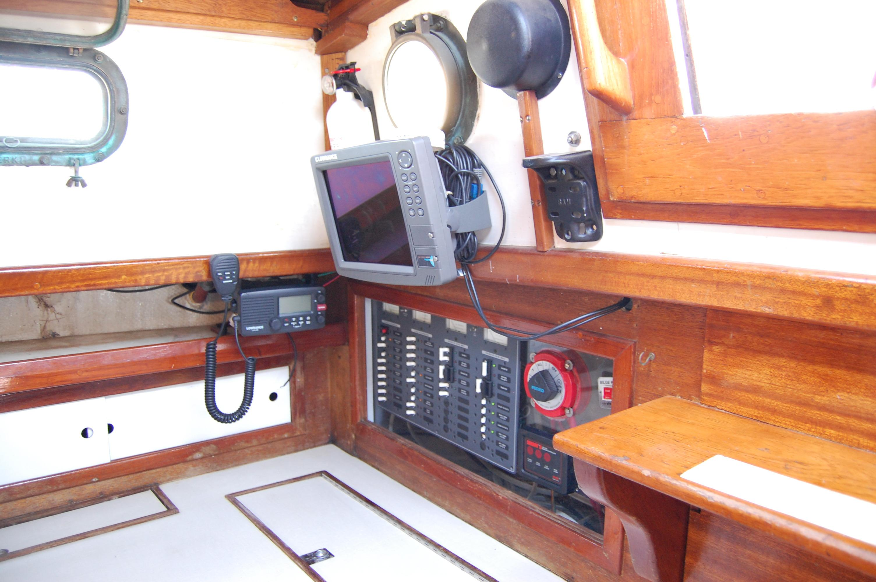 32' Westsail Cutter+Photo 26