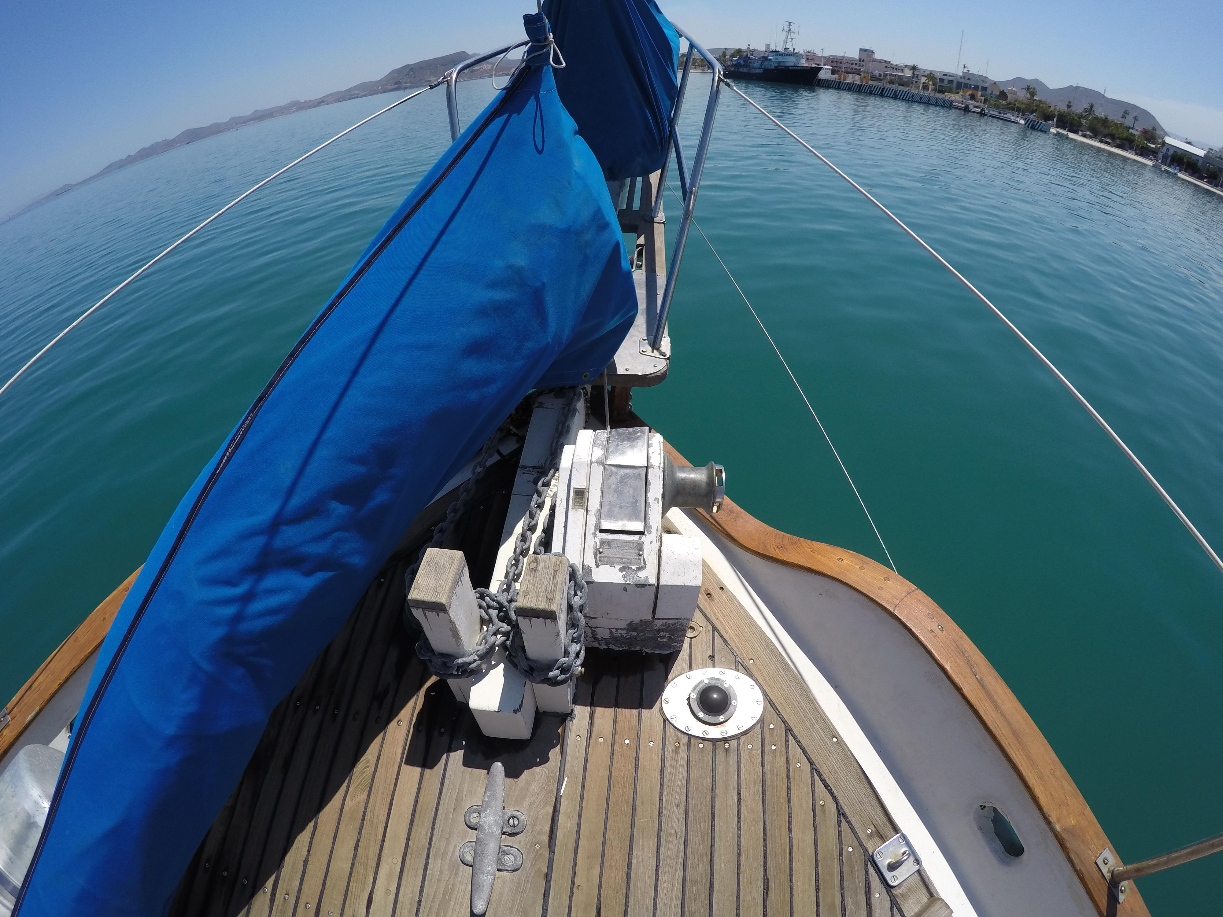 32' Westsail Cutter+Photo 11