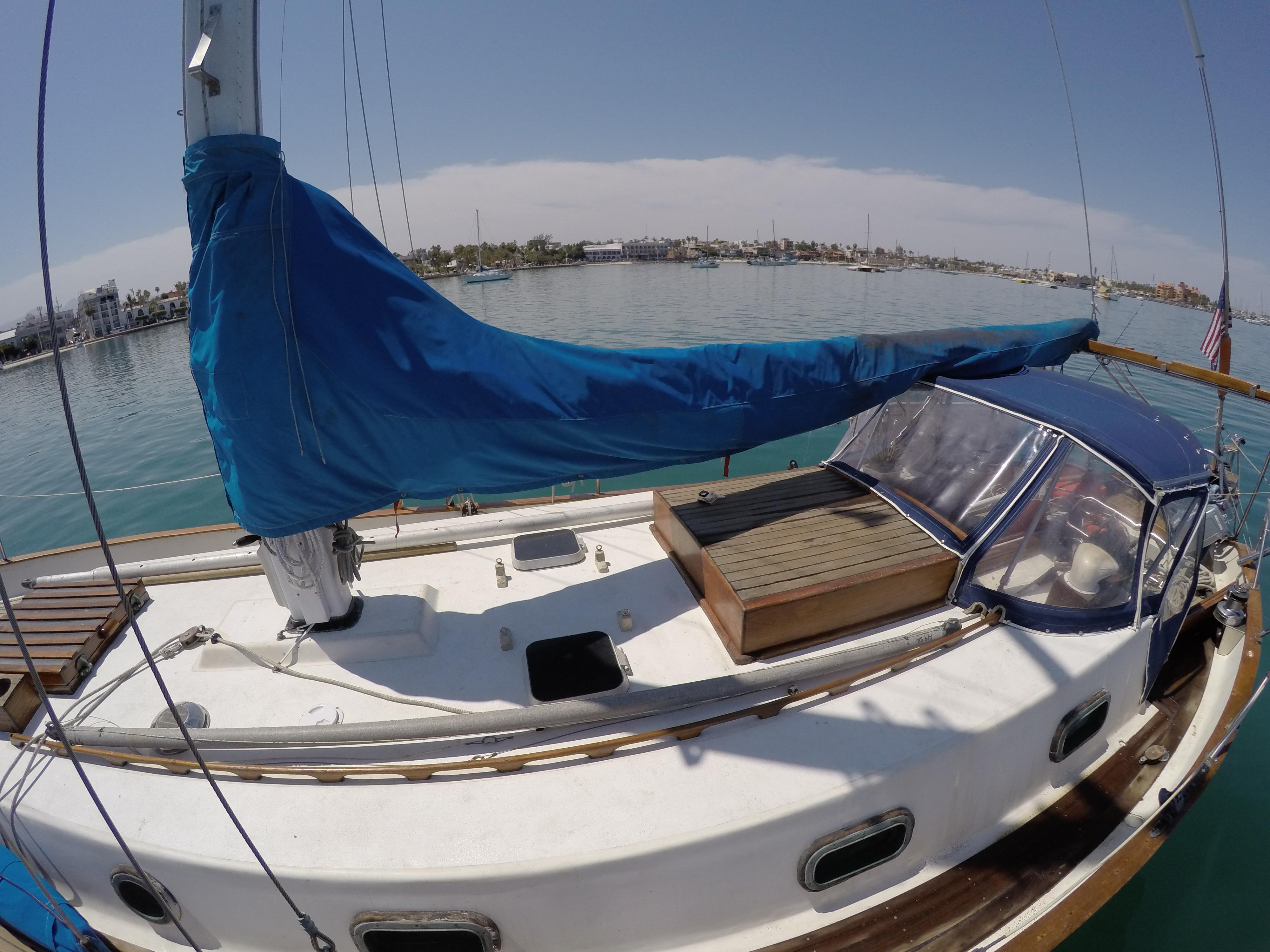 32' Westsail Cutter+Photo 21