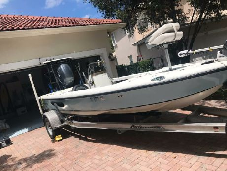 2005 Action Craft 1820 FLATS BOAT
