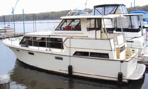 1986 Roughwater 42 Aftcabin