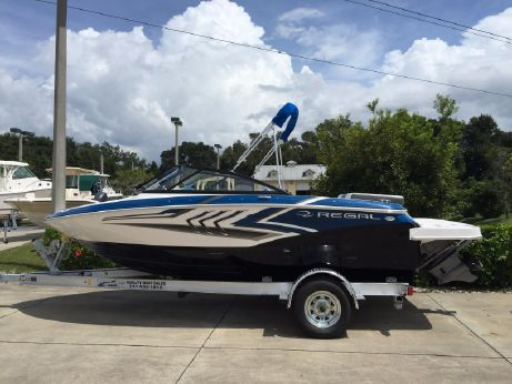2016 Regal 1900 ESX Bowrider