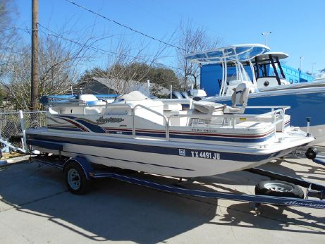 2002 Hurricane FunDeck 196 R