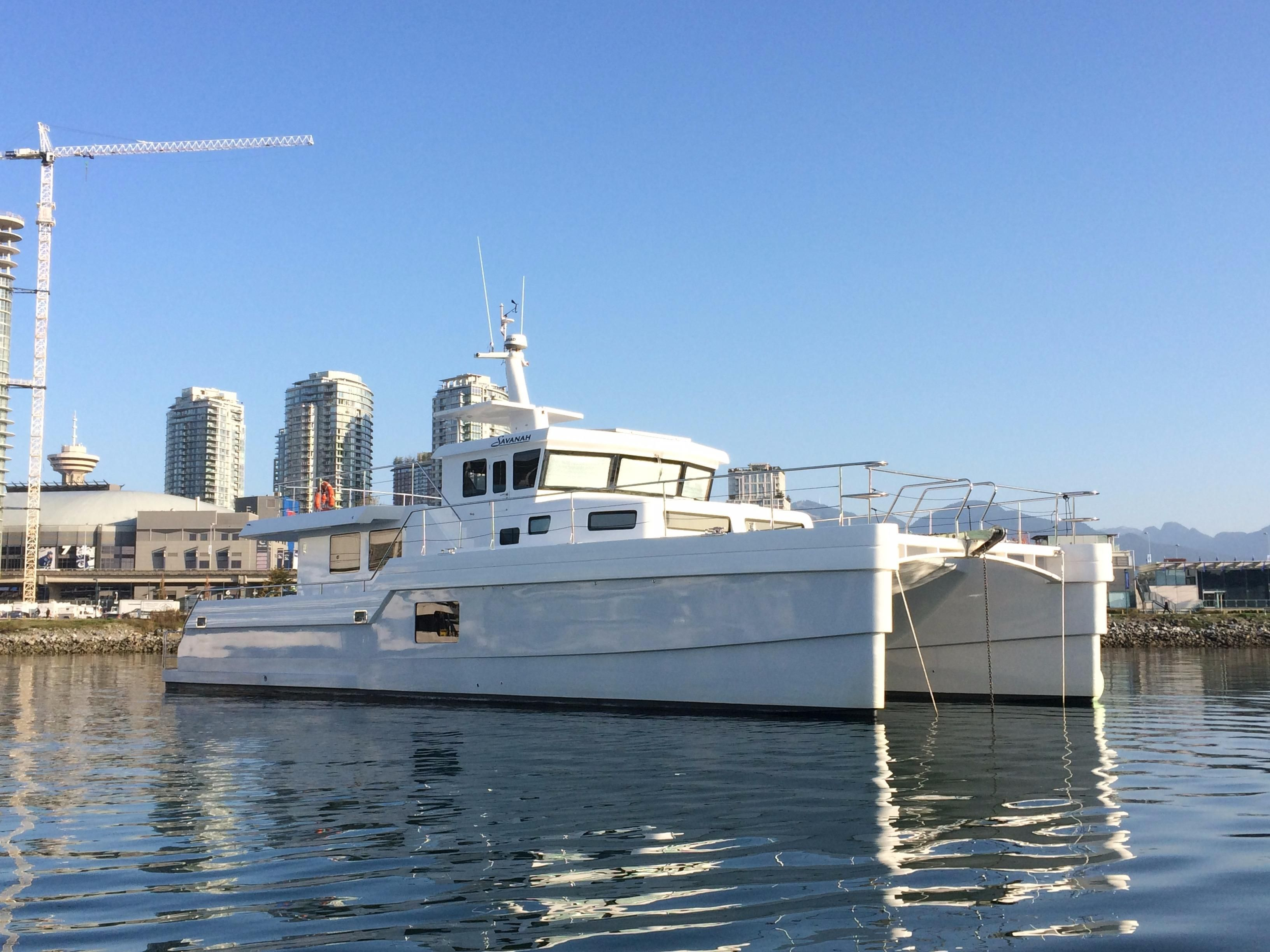 2014 Hys Yachts Lrc Catamaran Trawler Power Boat For Sale Www Yachtworld Com
