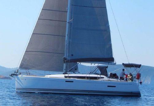 2014 Jeanneau Sun Odyssey 379