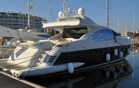 bank owned azimut yacht deal for sale in Italy Europe