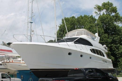 2002 Hatteras '6300 Raised Pilothouse
