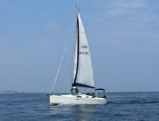 2009 Dufour 325 Grand Large