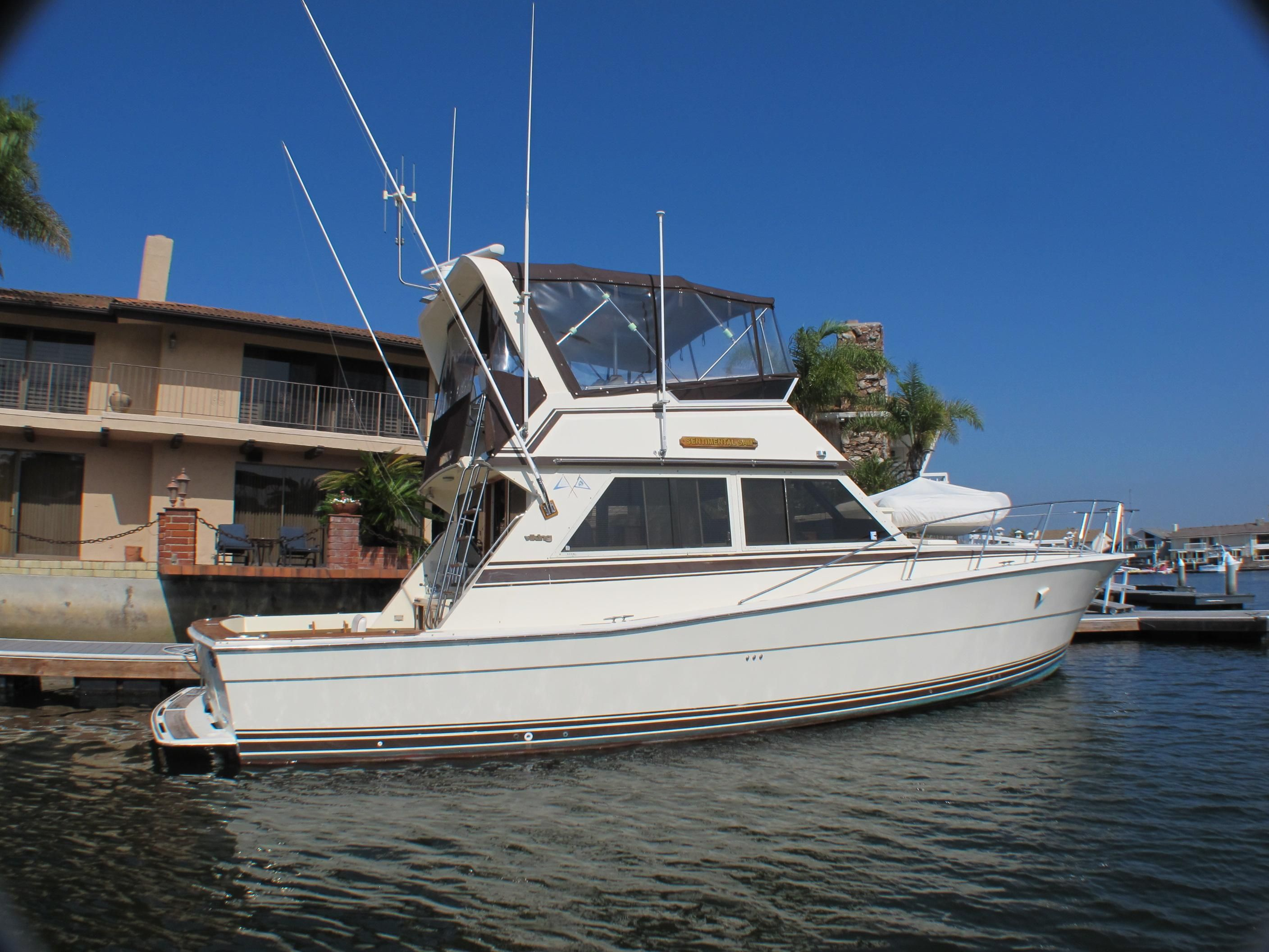 1983 46 Viking Convertible Power Boat For Sale Www Yachtworld Com
