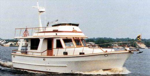 2001 Marine Trading Marine Trader 38 Sedan