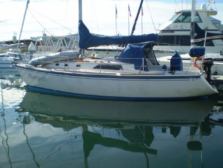 1986 O'day 35 Sloop