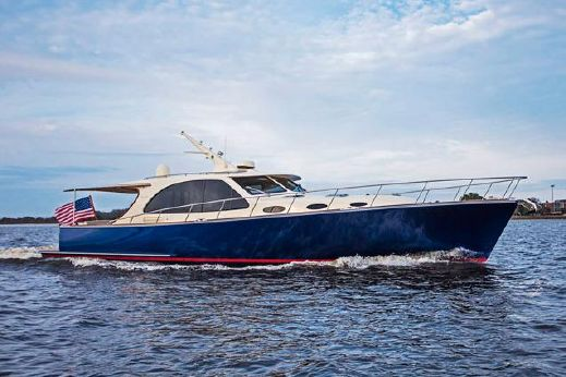 2017 Palm Beach Motor Yachts PB52