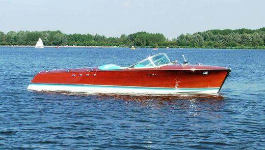 1961 Riva Aquarama Tritone