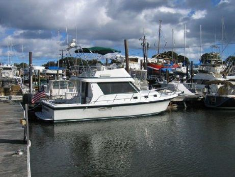 1997 Albin 35 TE Flybridge SportFish Sedan