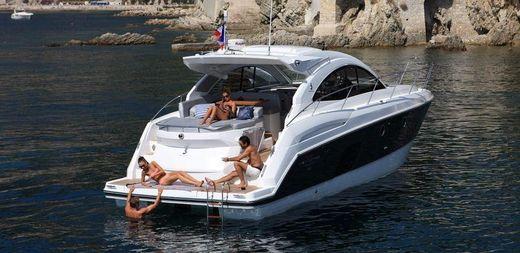 2012 Beneteau GT 44