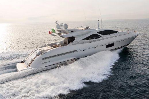 2014 Overmarine mangusta 110