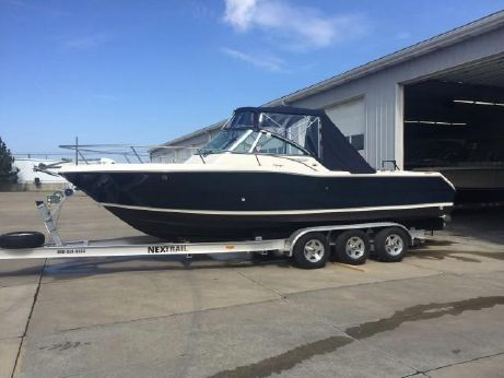 2002 Pursuit 2460 Denali