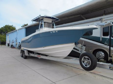 2008 Seaswirl Striper 2601 Center Console O/B