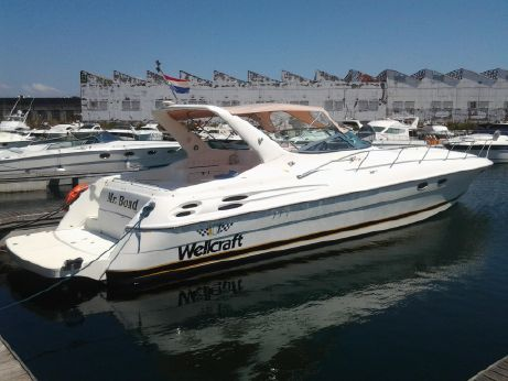 1998 Wellcraft 45 Excalibur