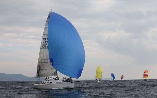 2009 J Boats J/97