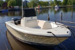 2007 Pursuit C 230 Center Console