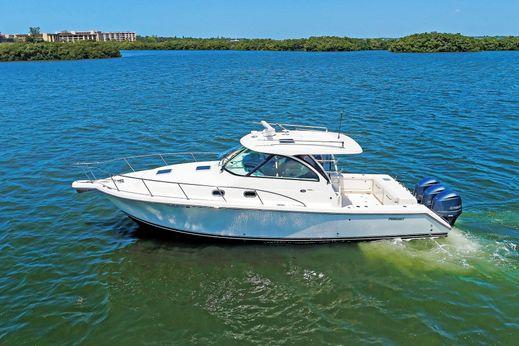 2014 Pursuit 385 Offshore