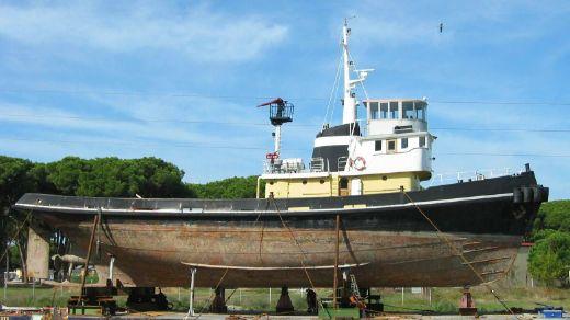 1960 M&B Benetti Tug Ship