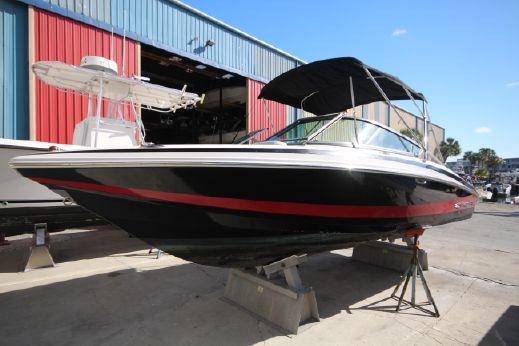 2011 Regal 2100 Bowrider