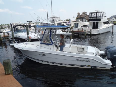 2003 Wellcraft 250 Fisherman